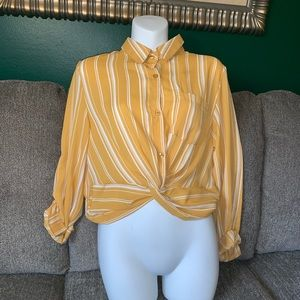 Tops - Yellow cropped top